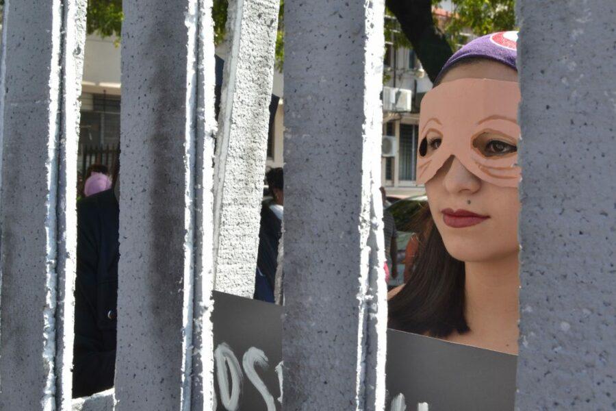 Es justo liberarlas: Mujeres privadas arbitrariamente de su libertad por emergencias obstétricas en El Salvador